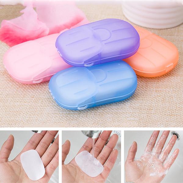 عرض أربع قطع صابون شكل منديل