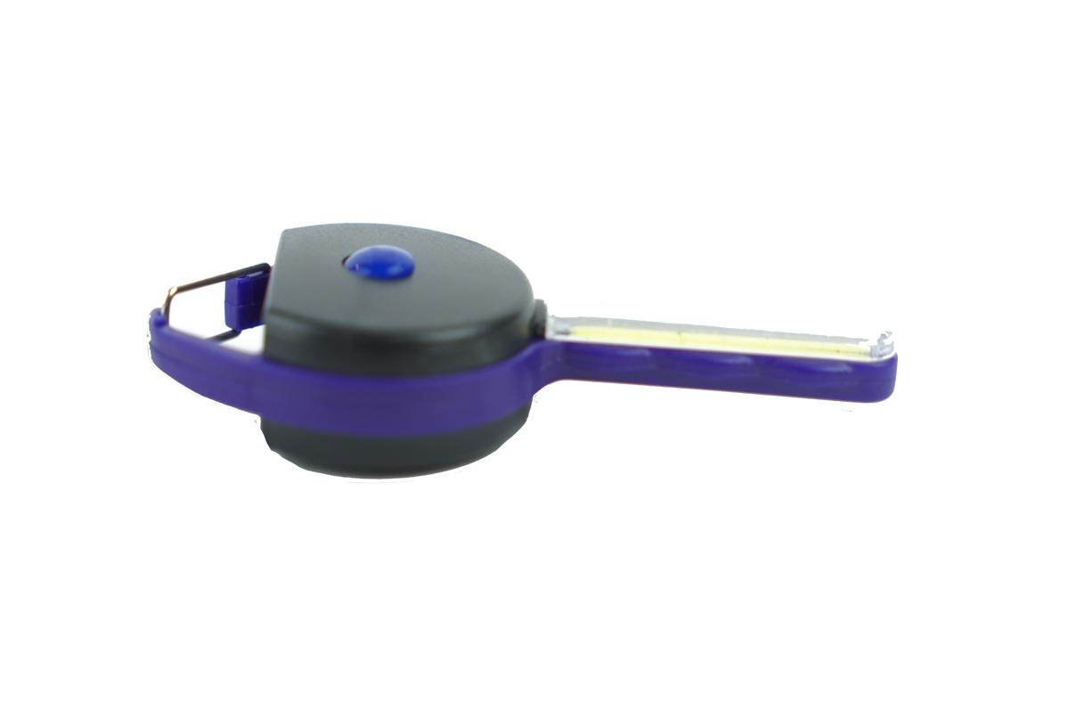 ميدالية مفاتيح على شكل مفتاح بكشاف ليد