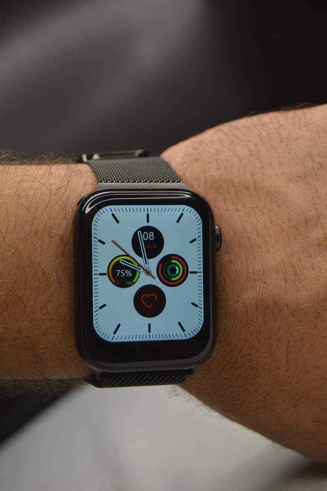 K8 Smart Watch أسود